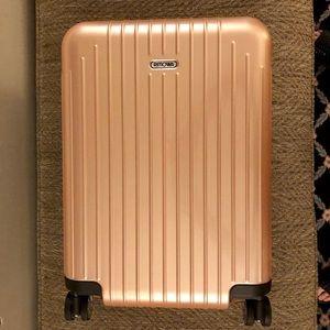 Rimowa Salsa Air Ltd Edition Rose Gold Carry-on!